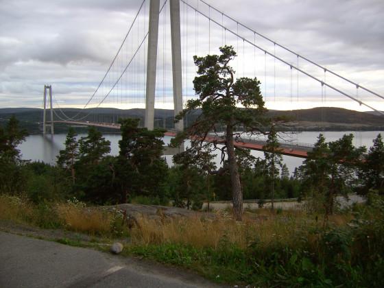 2_HögaKustenbron