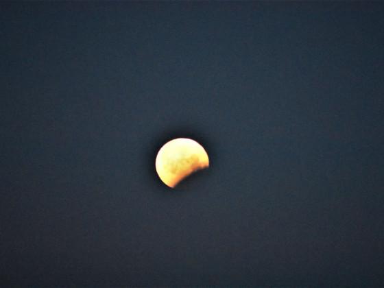 Mondfinsternis 6  Es ist vorbei und der Tag beginnt (ca. 06.30)
