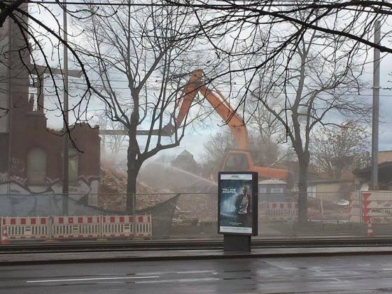Und wieder verschwindet ein schönes altes Haus (März 2017)